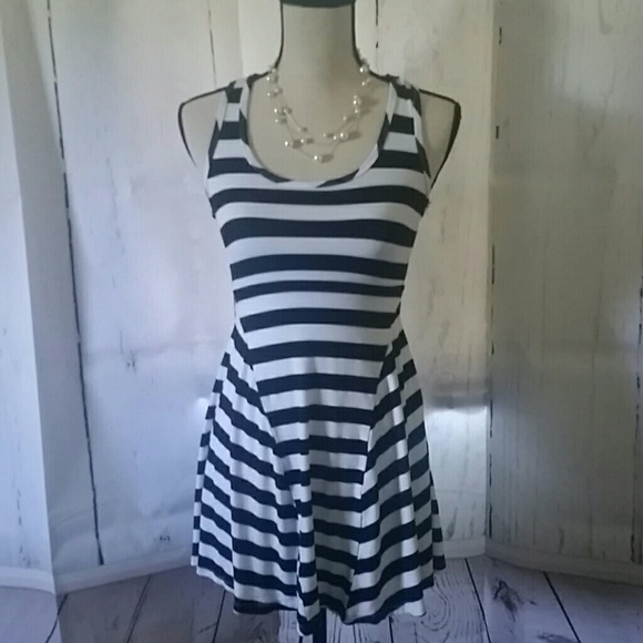 ccc24a4a5b70c Keds Summer Black & White Stripped Skater Style